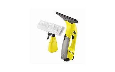 Mytí oken zpravidla patří mezi méně oblíbené domácí úklidové práce. Pokud si objednáte naše služby, získaný čas a energii můžete věnovat jiným příjemnějším činnostem, např. svým blízkým nebo svým zálibám.