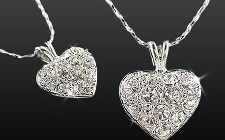Darujte srdce, po něm ženy touží! K Valentýnu si jej určitě zaslouží. 51% sleva na srdíčko SWAROVSKI s řetízkem, při koupi voucheru můžete využít slevu 200 Kč na další zboží z e-shopu www.esperky.cz.