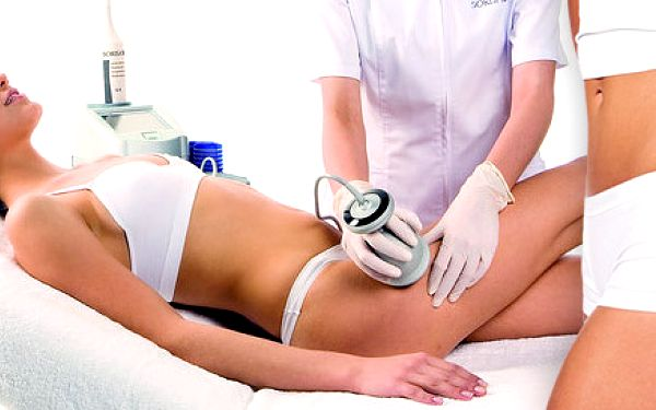 490 Kč za bezbolestnou liposukci a lymfodrenáž. Zeštíhlete své boky, bříško, stehna nebo zadeček ultrazvukem a s jedinečnou slevou až 83 %.
