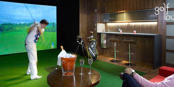 490 Kč za DVĚ hodiny na profesionálním golfovém simulátoru až pro ČTYŘI hráče! Luxusní Golf Lounge přímo u Tančícího domu se slevou až 50 %.