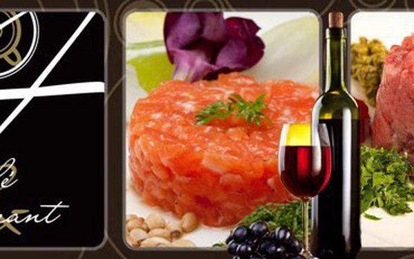 300G TATARÁK z pravé uruguayské svíčkové, nebo lososa, 1l karafa červeného, nebo bílého vína a neomezený počet topinek nebo grilovaných pesto toastů s 50% slevou jen za 276 Kč!! Navštivte stylový Café Restaurant 04 v historickém centru Brna!! Ušetřete 277 Kč!!