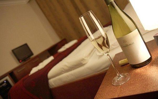 1 romantická noc s raňajkami pre 2 osoby v hoteli Relax Inn**** v Prahe so zľavou až 55%! Navštívte stovežatú Prahu a túlajte sa so svojou láskou v malebných uličkách tohto veľkomesta!