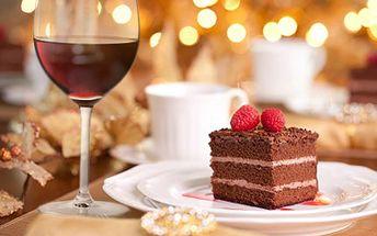 Dejte si lahodný zákusek a kávu, víno nebo čaj, U Mlsnýho kocoura Vás čeká sladký ráj. 50% sleva na 2x sladký zákusek s nápoji dle výběru- konvice čaje či espressa, 2x víno nebo 2x nealkoholický nápoj.