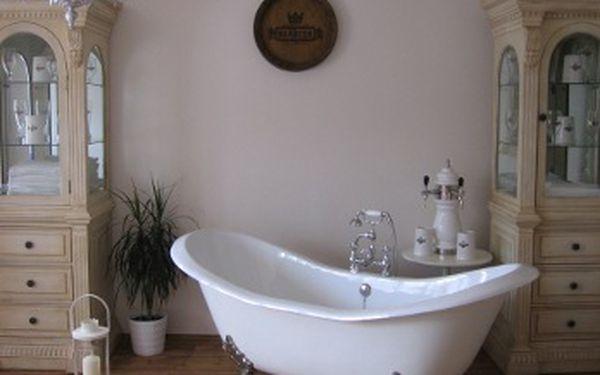 Relaxační pobyt na 1 noc pro 2 osoby v pivních lázních nyní s 40% slevou!! Vychutnejte si nefalšovanou pivní koupel a zábal. Platnost do 31.12.2012 !!