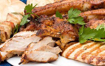 Vychutnejte si pořádnou porci různých mas, menu uspokojí nejen Vás. 41% sleva na 400 g vepřové panenky, krkovice, vepřové kotlety a kuřecích prsíček se zapečenými brambory a omáčkami pro DVA.