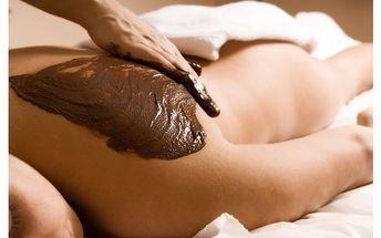 Hodinová čokoládová masáž včetně zábalu jen za . . 490,- Kč