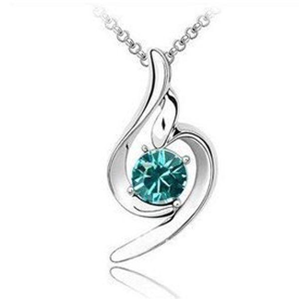 Luxusní šperk Swarovski ve tvaru elegantní slzy nyní za senzačních 169 Kč! Rhodiová úprava řetízku i přívěsku zaručuje stálý lesk a dlouhou životnost. Do šperku jsou precizně vsazeny krystaly CRYSTALLIZED™ z řady Swarovski Elements v 10 různých barvách! Skvělá sleva 69 %!