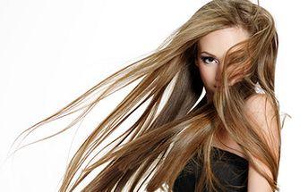 Prodloužení vlasů až o 50 cm jen za 439 Kč na 10 pramenů! Sleva 20% na další procedury!