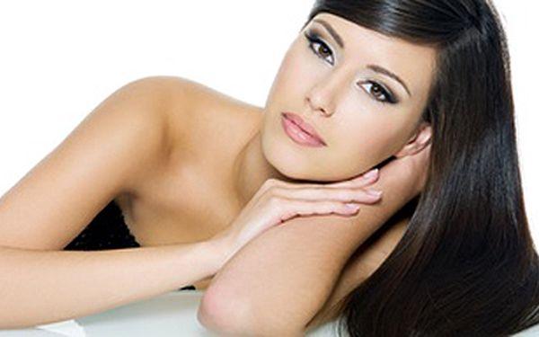 Střih a barva pro dlouhé vlasy se skvělou slevou 50%.