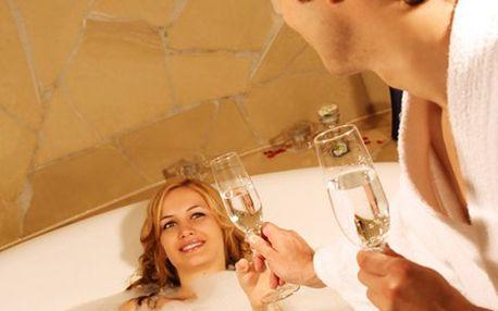 Oáza klidu a duhové relaxace, díky lahvi šampaňského a horké vířivce. Valentýnský relax v Salonu 3D při duhové terapii ve vířivce s lahví šampaňského, saunou, ovocnou mísou a hlídáním dětí.