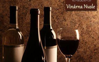 Na zdraví! Červené i bílé lahvové víno Frankovka a Sauvignon – dobré ročníky, perfektně se hodí k slavnostním i všedním příležitostem!