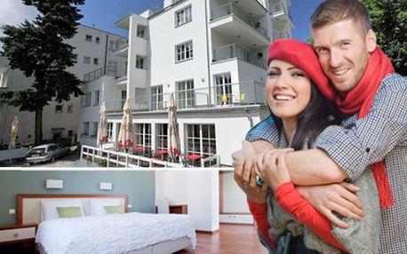 Vzhůru do Luhačovic, relaxu si užívejte, nejen léčivé prameny ochutnejte. 51% sleva na romantický pobyt na 3 dny pro 2 osoby v design Hotelu Radun v Luhačovicích.