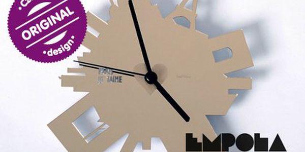 Designové hodiny Emclock – v 5 variantách – Paříž naruby, staronový revolver, Hot s dámskou společností, Motorka nebo nabroušená žiletka do vašeho interiéru. Materiál plast
