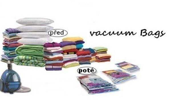 1x vakuový pytel 60x80 cm - znáte z TV! Konečně dokonalý způsob uskladnění prádla - ušetříte až 75% místa v šatníku. Chrání před prachem, špínou, vodou, vlhkostí, hmyzem, pachem a dalšími negativními vlivy.