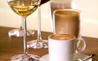 Pozvěte přátelé na drink a pokec. Láhev vína + 2 presso za fantastickou cenu 99,- Kč. Přece nebudete sedět doma, zajděte do baru Špunt!!!