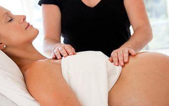 Ájurvédská masáž pro těhotné jen za 299 Kč! Hodí se také jako skvělý dárek pro nastávající maminky! Tato masáž je výbornou přípravou na porod. Dodává budoucí mamince velmi důležitou psychickou stabilitu.