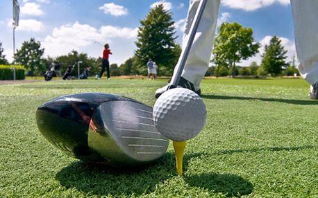 Hodina na profesionálním golfovém simulátoru až pro ČTYŘI hráče včetně vybavení. Indoor trénink a skvělá zábava se slevou 50 %.