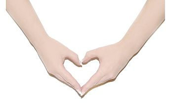 3x ošetření vašich přírodních nehtů velmi oblíbenou a výživnou japonskou metodou p-shine