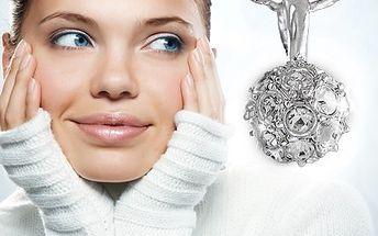 Přívěšek Ball Swarovski s řetízkem. Krásný šperk, který Vás rozzáří. 52% sleva na přívěšek Ball SWAROVSKI s řetízkem, při koupi voucheru můžete využít slevu 220 Kč na další zboží z e-shopu www.esperky.cz.