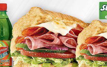 99 Kč za DVA sendviče a DVA ledové čaje Lipton v jedné ze tří restaurací SUBWAY. Čerstvě připravená kvalitní svačinka s italským šmrncem.