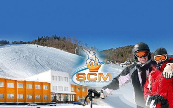 3-dňový zimný pobyt pre jedného za neuveriteľných 35 € s polpenziou a 50% zľavou na skipas! Poďte si zalyžovať do krásneho regiónu Spiše.