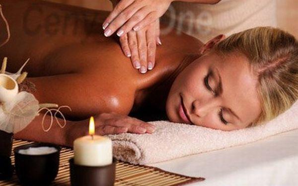 Doprajte si 30 minútovú reflexnú masáž v príjemnom masážnom salóne v centre Bratislavy len za 5,90 €!