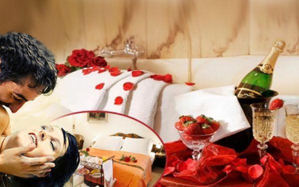 """Užijte si romantický pobyt v pensionu Lucie, který získal ocenění """"PENSION ROKU 2009"""" za 990 Kč se snídaní a zajímavými nabídkami balíčků za malý příplatek."""