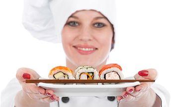 Naučte se připravovat SUSHI. Japonské pokrmy Vás vzruší. Překvapte své okolí uměním japonské kuchyně a pozvěte je na pravé SUSHI. Po našich kurzech budete odborníci.