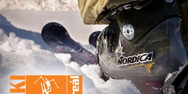 Zapůjčení kompletu carvingových lyží či snowboardu na celý den za pouhých 150 Kč! Využijte sněhové nadílky a přijeďte si zalyžovat do ski areálu Hlubočky. Veškeré vybavení si díky této nabídce půjčíte se slevou 50 %!