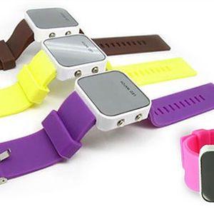 LED zrcadlové SILIKONOVÉ HODINKY. Objevte COOL design. 124 Kč za hravé silikonové hodinky v několika barvách s kvalitním strojkem QUARTZ. Vyberte si ty Vaše.