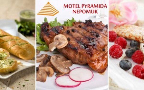299 Kč za DVA rumpsteaky (250 g) s hříbkovou omáčkou, bagetou a DVĚ palačinky nebo zmrzlinové poháry v restauraci Pyramida. Chutná sleva 52 %.