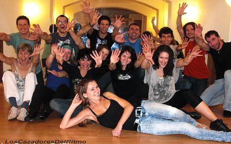 1000 Kč za intenzivní víkendový kurz salsy v Praze. Celkem 8 hodin individuálního přístupu, během kterých se naučíte základy úžasného tance! Slevová nabídka 1000 Kč platí pro celý pár!
