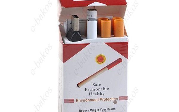 628,- Kč za elektronickou cigaretu v klasické cigaretové krabičce a pánské náramkové hodinky k tomu! Sleva 50 %!