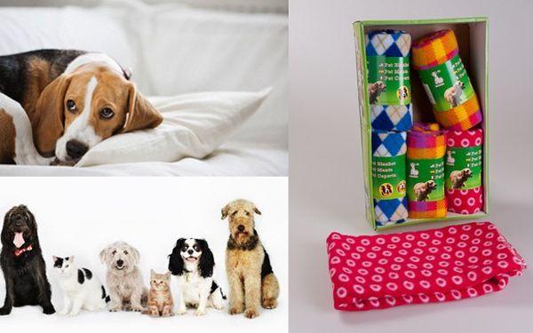 Praktická deka pro psy jen za 49 Kč! Deka Vám poslouží jako ochrana auta či nábytku před chlupy a jinými nečistotami nebo jako místo pro odpočinek Vašeho mazlíčka. Na výběr ze 3 barevných variant.
