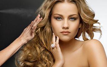 Nechte se hýčkat kompletní kadeřnickou péčí, vaše vlasy se již těší! Jen 159 Kč za mytí vlasů, střih, foukání, styling ve studiu Revolution Hair.