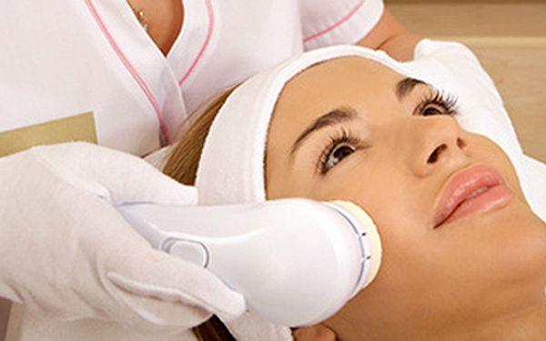 Laserová terapie proti vráskám spolu s lymfodrenážní masáží celého těla