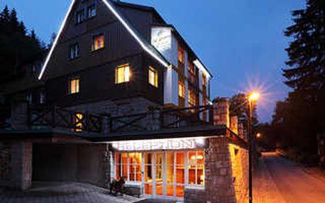 Jarní pohoda v Hotelu Pod Jasany s romantickou večeří, masáží a dalšími nevšedními zážitky!