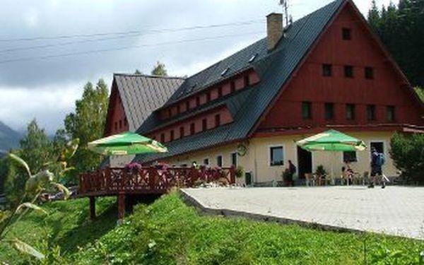 Lyžovačka a relax ve Špindlu. Pobyt pro 2 osoby na 3 dny/ 2 noci s polopenzí a dalšími výhodami do hotelu Alpina ve Špindlerově Mlýně jen za 2999 Kč!