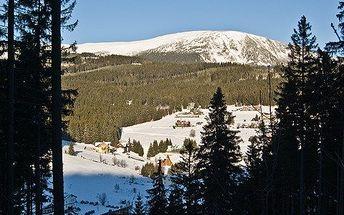 2denní pobyt v centru Pece pod Sněžkou se snídaní, řadou slev (půjčovny, přeprava, lyžařská škola) a možností! V zimě lyže, jinak kola, túry a relax!