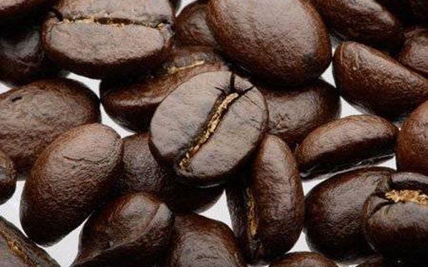 Skvělých 119 Kč za 0,5 kg luxusní italské zrnkové kávy Moretto!Nechte se okouzlit dokonale vyváženou chutí, nadýchanou pěnou a čarovným aroma tohoto italského espressa s více než osmdesátiletou tradicí. Sleva 56 % na kávu od Portocaffe.
