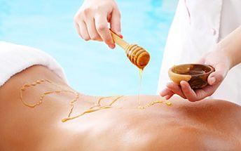 60 min. masáž - MEDOVÁ detoxikační nebo SPORTOVNÍ Vyberte si ze dvou 60minutových masáží a dopřejte si relax a uvolnění při kvalitní masáži.