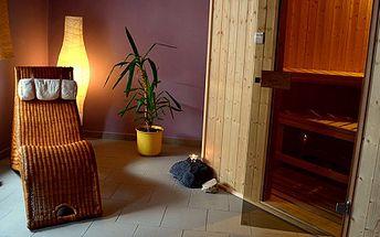Privátní pronájem finské sauny i relaxační zóny až pro 4 osoby na 60 minut. Pitný režim i ručníky v ceně. Vychutnejte si soukromí a dopřejte svému tělu prospěšnou proceduru.