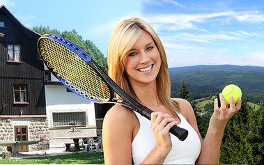 Víkend v Jizerských horách s tenisem pro dvě osoby - 8 hodin tenisu s trenérem 1. třídy, plná penze, wellness, grilování, výlet, závěrečný turnaj!