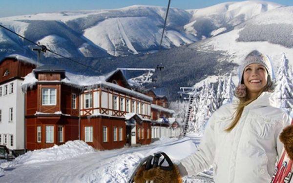 2798 Kč PRO DVA za nadupaný balíček v nově vybaveném hotelu Sněžka nebo Grand na 3 dny! POPLOPENZE, WELLNESS a ideální poloha ve Špindlerově Mlýně!