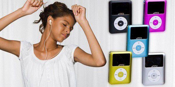 Vychutnejte si svou oblíbenou hudbu se stylovým mini MP3 přehrávačem s LCD displejem! Nyní se slevou 66%!