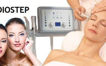 Luxusní kosmetické ošetření pomocí kyslíku! 90 - minutové ošetření pleti obličeje a dekoltu speciálním přístrojem OxyJet Star! Kyslík je elixír života!