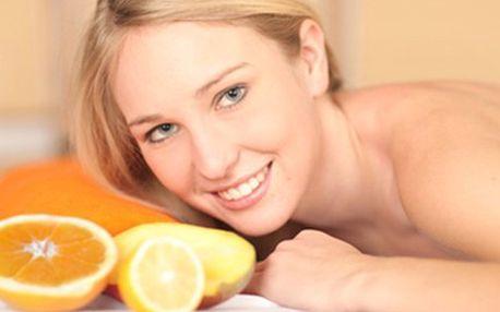 60 min pomerančová MASÁŽ pro ženy, či se zeleným čajem pro muže Aroma masáž pro ženy i muže na zklidnění mysli a odbourání únavy. Balíček pro ženy čistí a vypíná pleť, varianta zeleného čaje pro muže regeneruje celé tělo. Nechejte se hýčkat.