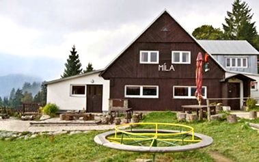 3 DNY pro 2 s polopenzí v Krkonoších Pobyt ve Velké Úpě s welcome drinkem, českou kuchyní, parkovištěm a letním i zimním sportovním vyžitím. Užijte si příjemné prostředí a rodinnou atmosféru.