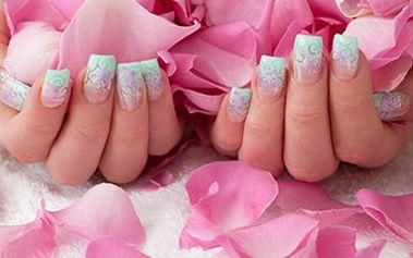 Jarní ÚPRAVA NEHTŮ a PÉČE O RUCE Balíček služeb nabízí výběr ze čtyř variant úpravy nehtů: P-shine, parafínový zábal, manikúra s masáží rukou nebo doplnění gelových nehtů. Připravte své ruce na jaro.