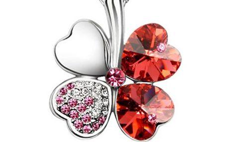 ŠPERK ve tvaru ČTYŘLÍSTKU s krystalky Swarovski Šperk je vyroben ze zlatnického kovu a můžete si vybrat ze 4 barev- tyrkysová, zelená, červená a fialová. Potěšte sebe či své okolí šperkem, který nosí štěstí.